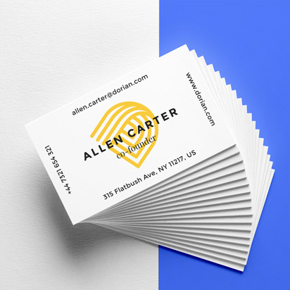 realistic-business-cards-mockup